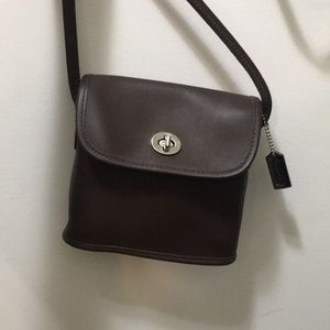 Coach crossbody in smooth brown leather
